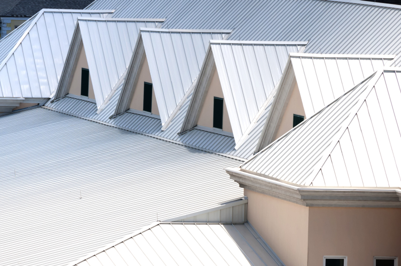 Metal Roofs · Roofing Products & Roofing: The risks of accepting alternative specs u2013 Building u0026 Decor memphite.com