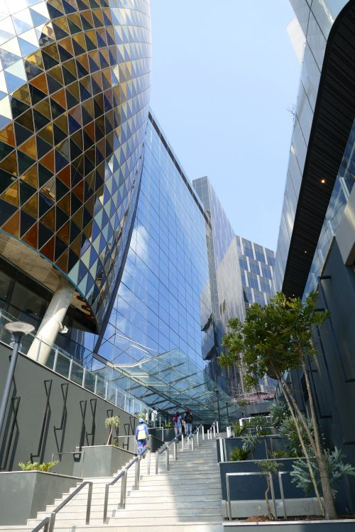 The MARC: Crafting the geometry of The Jewel facade - Building & Decor